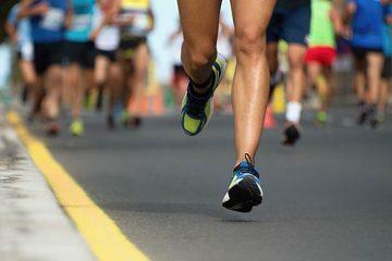 feet of runner in a race